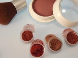 Rouge und Bronzer aus Mineralkosmetik