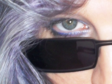 Augeninnenwinkel aufgehellt